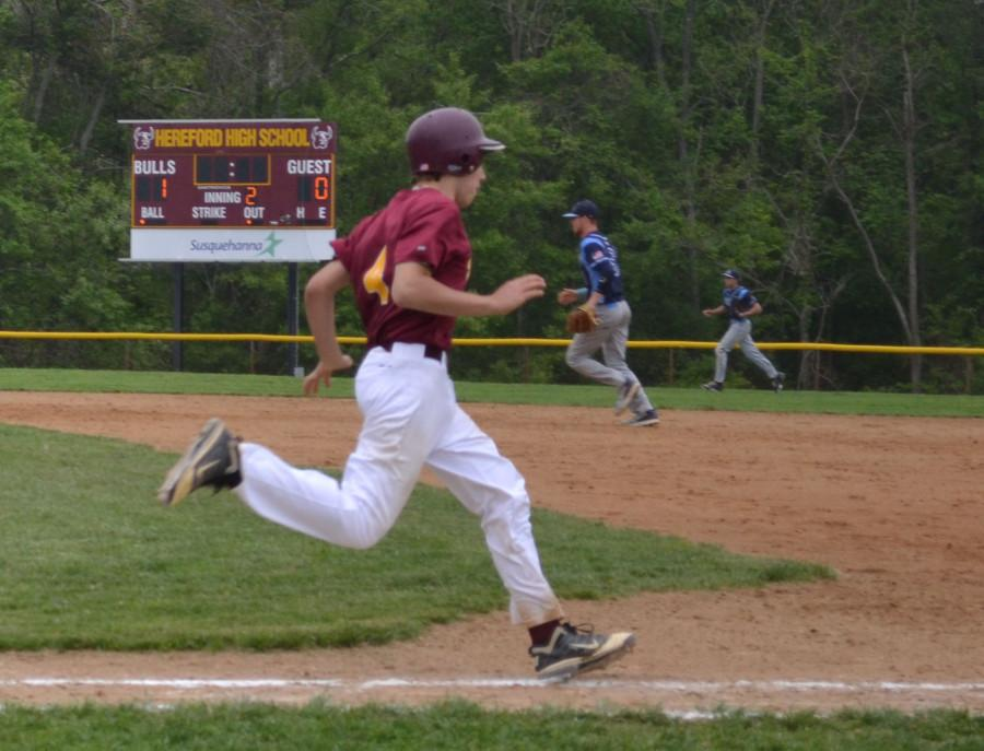 Robbie Mays (11) quickly runs for first base. Hereford won 4-2 against Chesapeake on May 14.