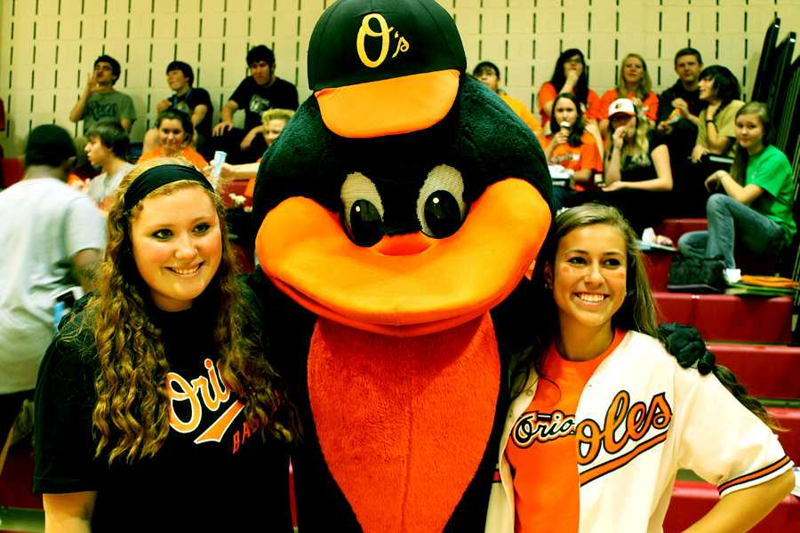 Administration and PTSA organize Orioles rally