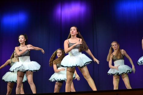 Dance students go to see Philadanco