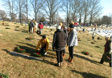Students are taking the time out their weekend to kindly deliver wreaths. They had fun giving back to the community.