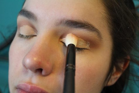 DEWing the dewy skin spring makeup look